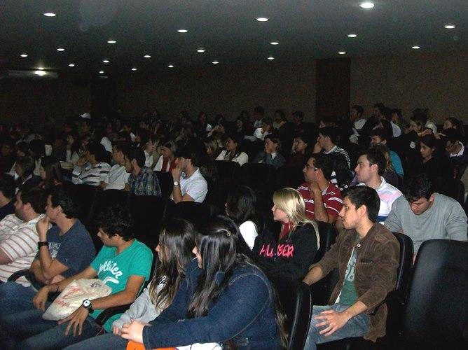 Mais de 150 pessoas participam do pré-lançamento do III MIC