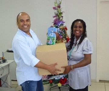 ABO-MS faz doação de kits odontológicos a crianças do Tarsila do Amaral