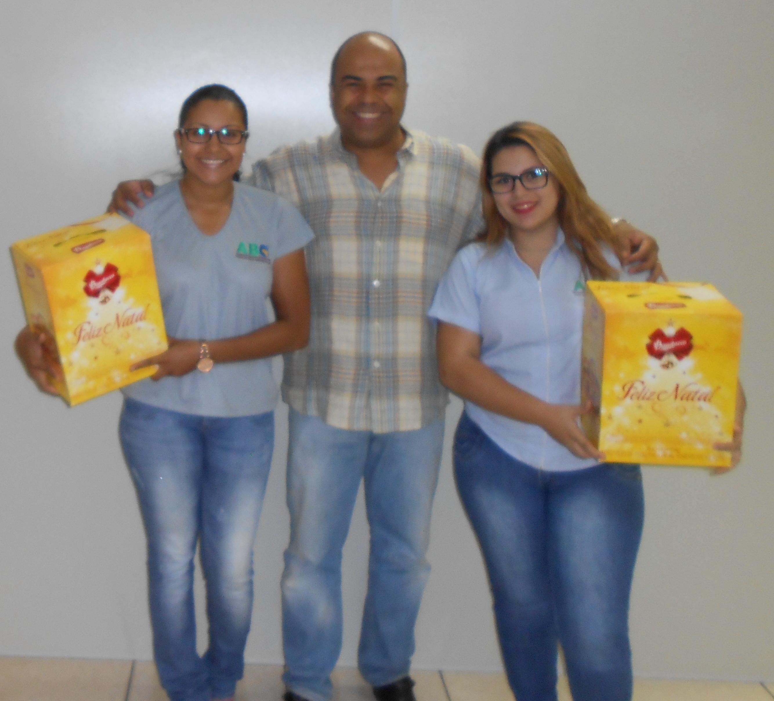 ABO-MS entrega cestas de Natal aos colaboradores