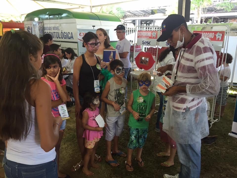 ABO-MS coordena atividades odontológicas da Caravana da Saúde em Dourados