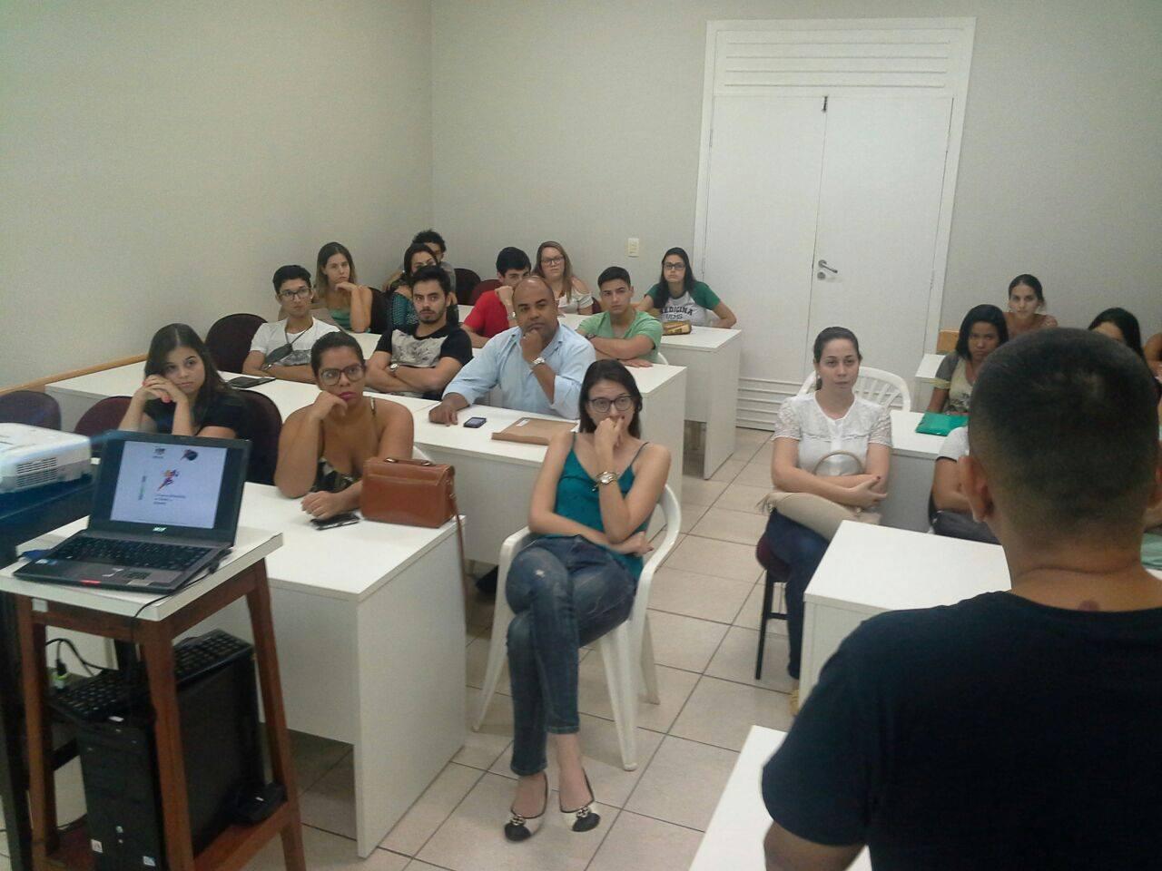 Acadêmicos se reúnem na ABO-MS para tratar sobre o Congresso Brasileiro de Saúde no Esporte