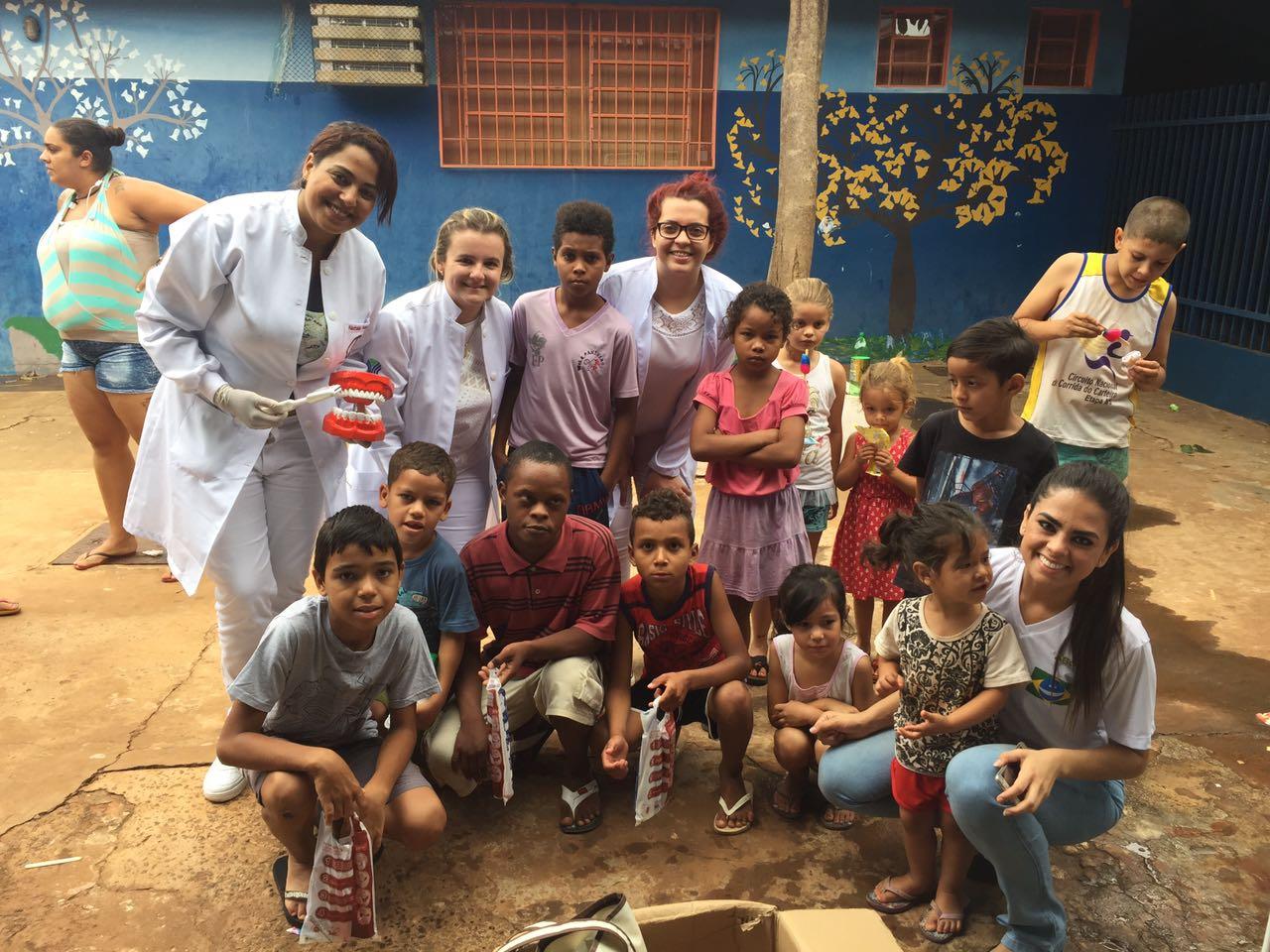 ABO-MS participa de ação comunitária no Dom Antônio