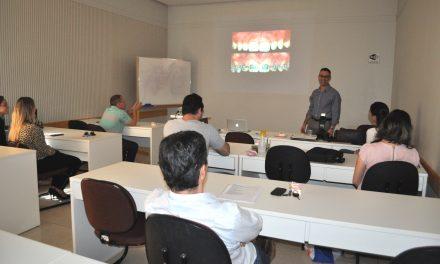 I Curso de imersão em Cirurgia Plástica Periodontal da ABO-MS teve início nesta sexta-feira