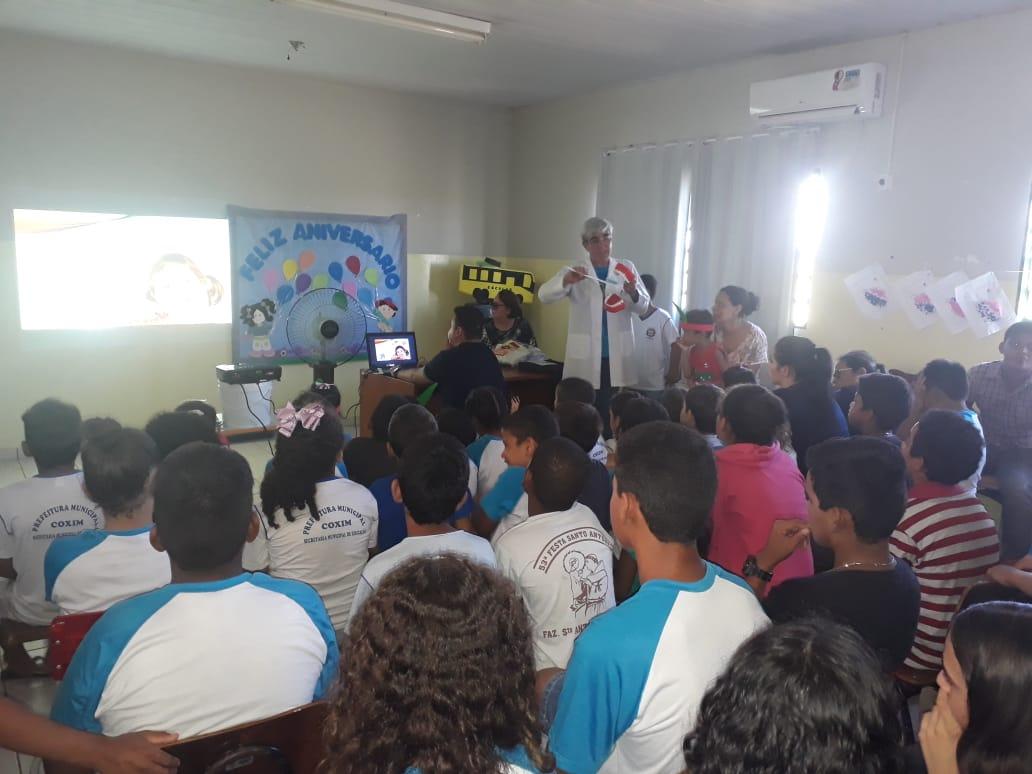 ABO-MS realiza ação de promoção à saúde bucal em escola rural de Coxim